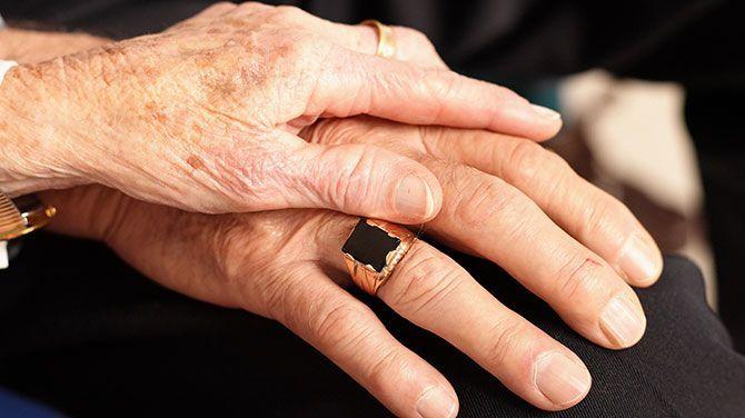 Ook gezonde partners zullen mee mogen naar bejaardentehuis