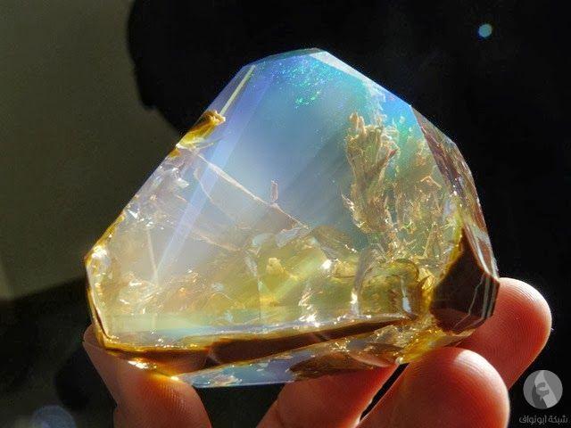 إبداعات الخالق أوبال أكثر أحجار كريمة إثاره و جمالا على وجه الكرة الأرضية Minerals And Gemstones Stones And Crystals Crystals