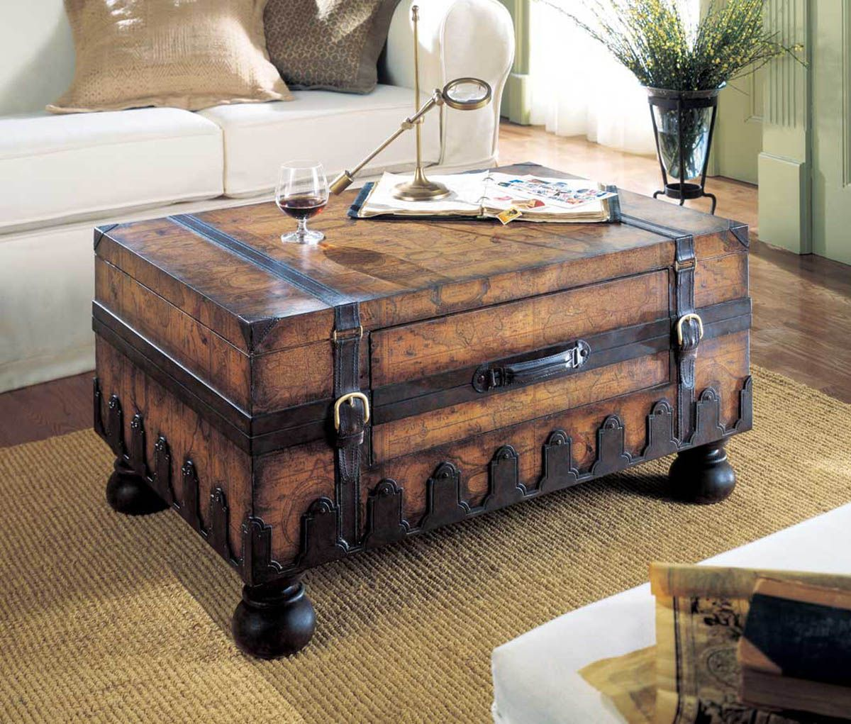 Steamer Trunk Coffee Table With Drawers