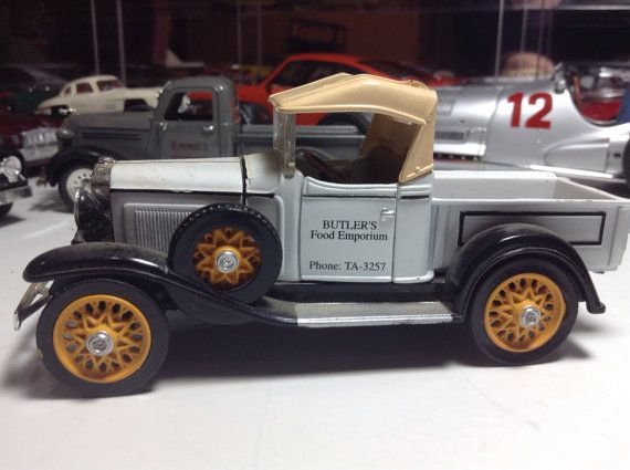 1932 Chevrolet Roadster Pickup 1 32 Diecast Metal Model Truck Vintage Barn Find Antique Chevy