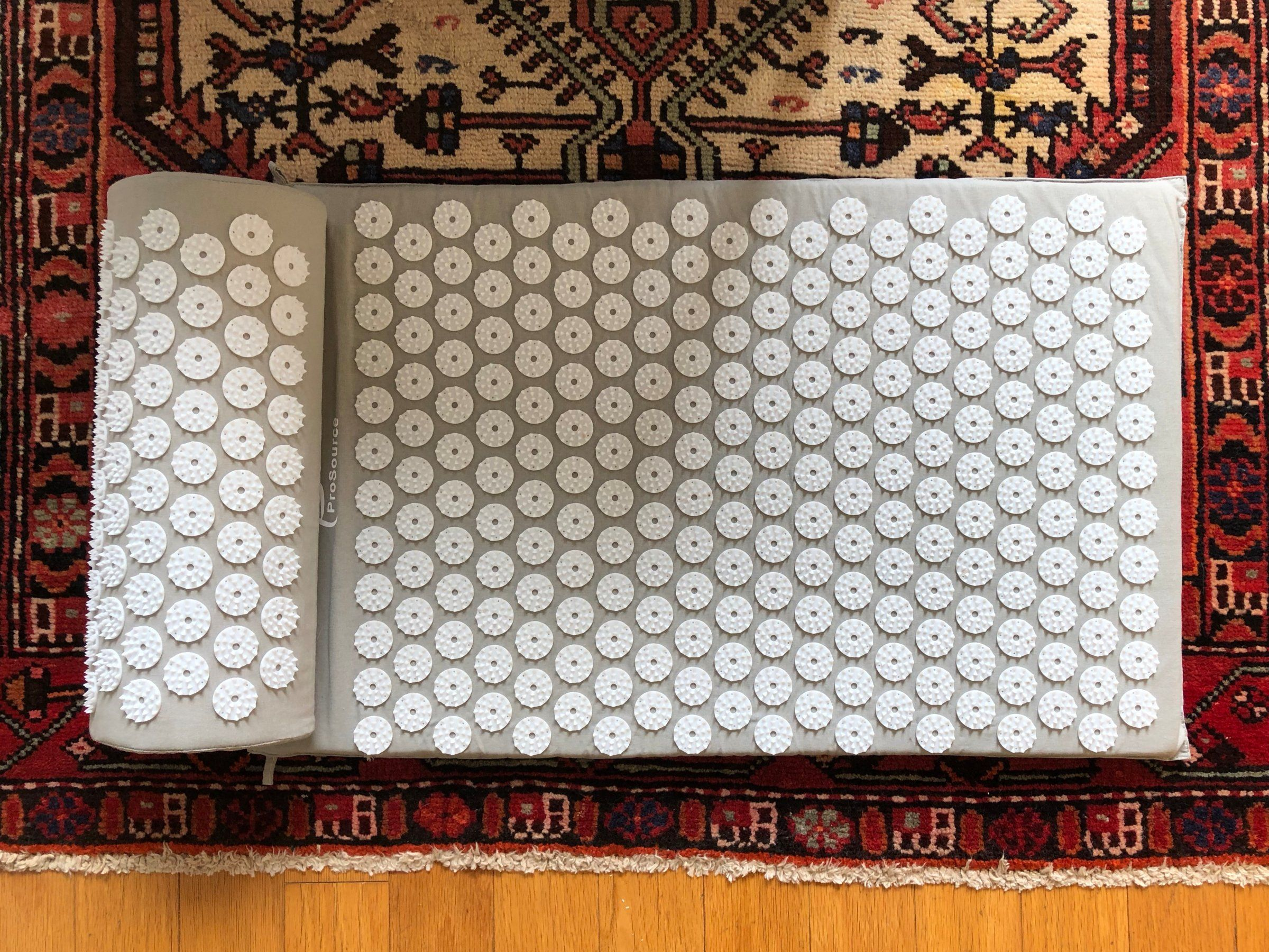 This $20 Acupressure Mat Melts Away My Tension And Muscle
