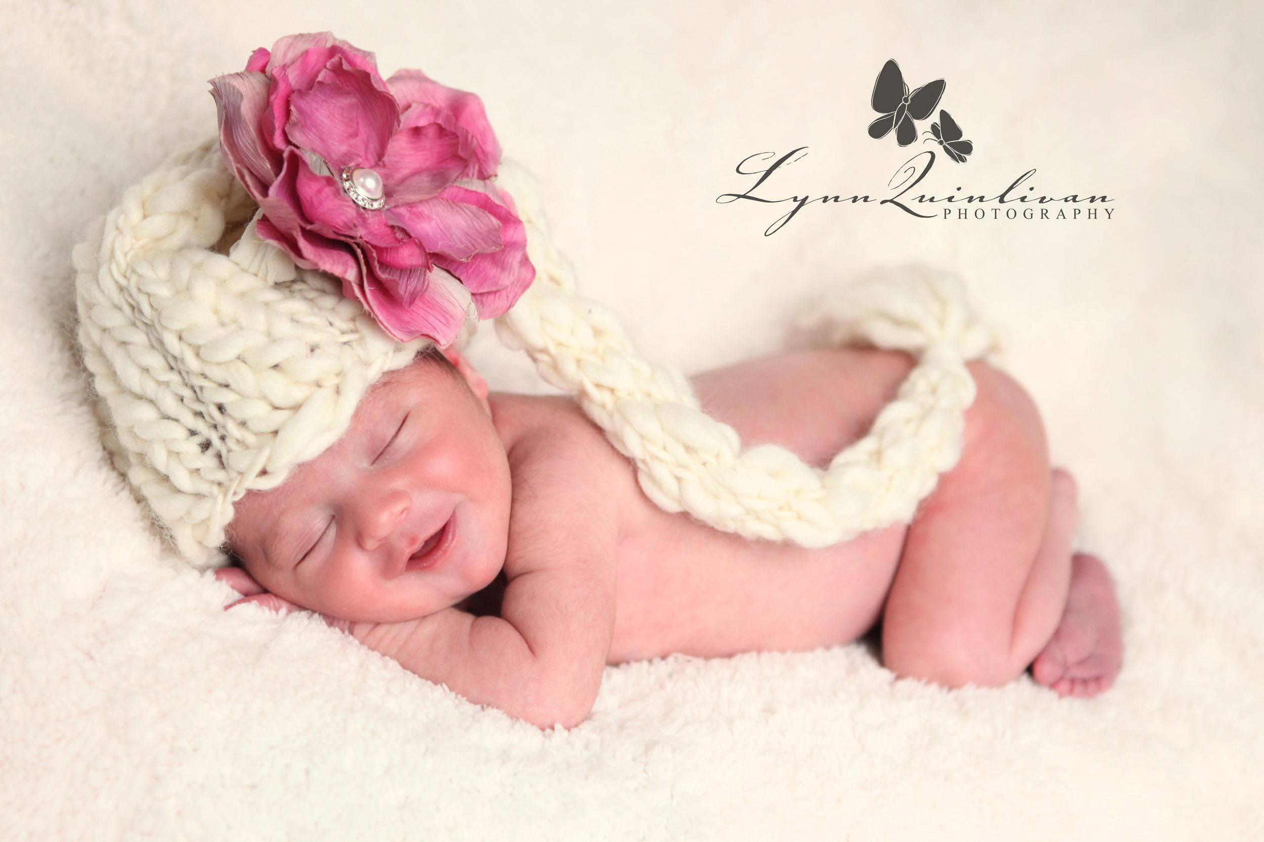 infant baby girl hats | ... Newborn Photographer Worcester MA Baby Girl With Smile Hat and Flower