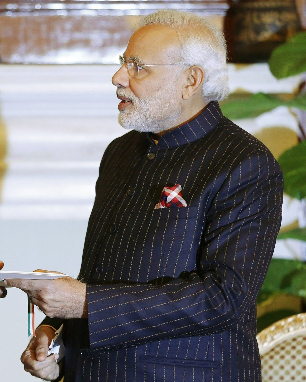 From pinstripe suit to traditional hats, Narendra Modi is a politician who is also defining style [PHOTOS]