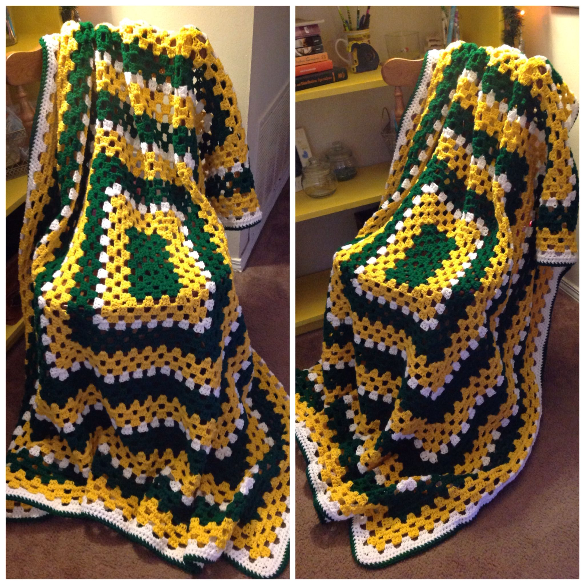Green Bay packers themed blanket  787f5a693