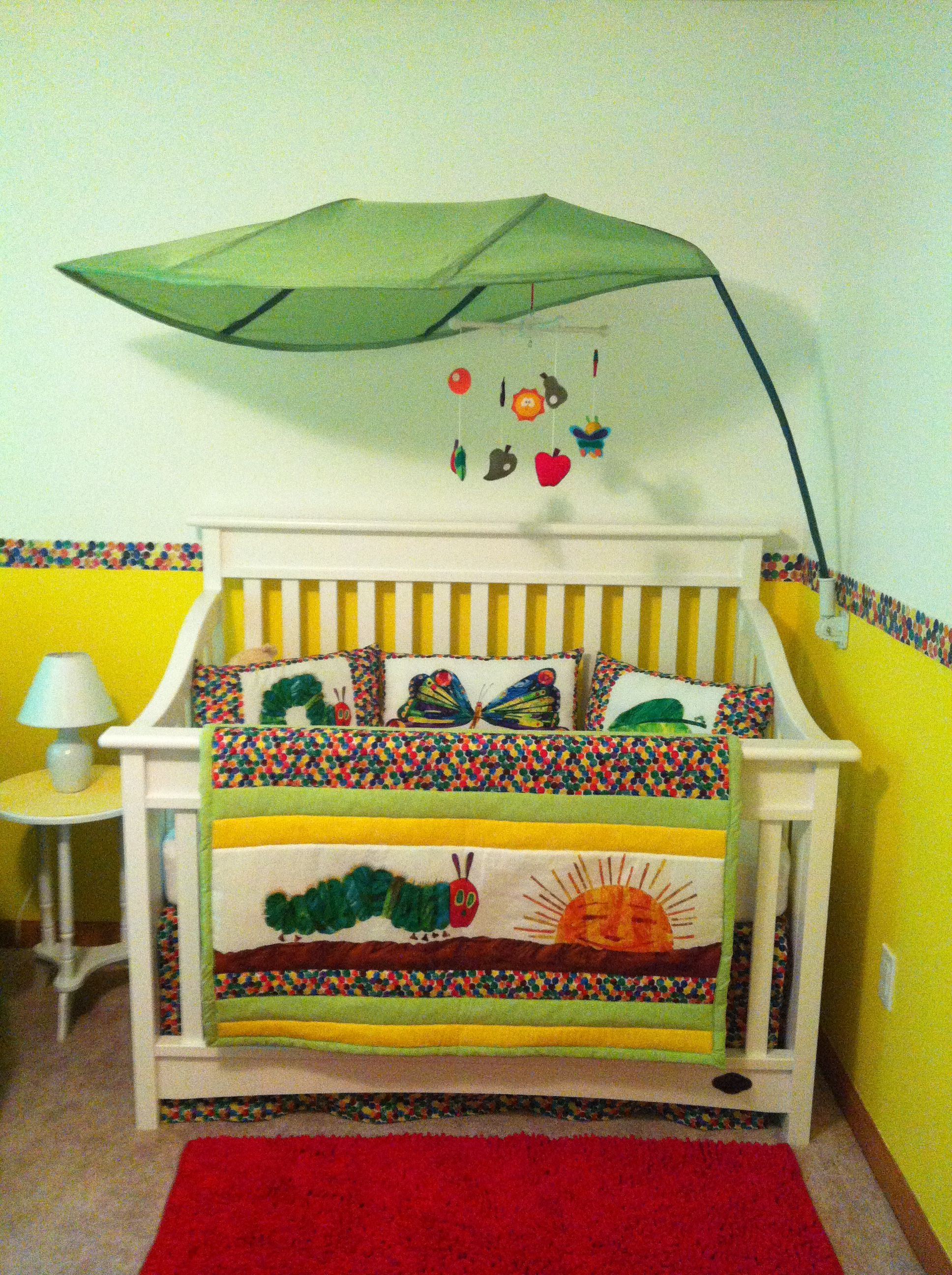 very hungry caterpillar nursery kinderzimmer. Black Bedroom Furniture Sets. Home Design Ideas