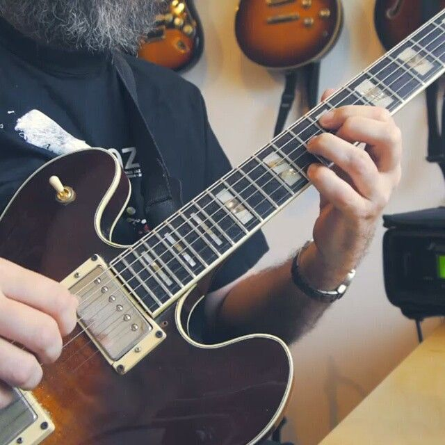 Unwinding after a 10 hour drive back from DK with a little chord solo lick!  Hope you like it! ☺  Let me know if you want the tabs!  #guitar #jazzguitar #jazzguitarlick #chord #drop2 #axefx #ibanez #guitfiddlin  #riffwarsjazz #lickwars
