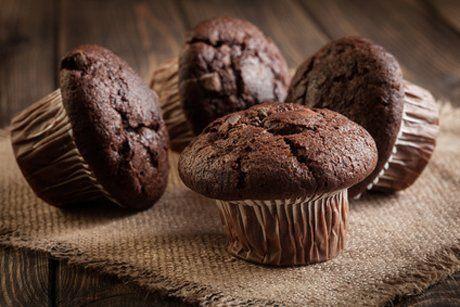 Schoko Muffins Schokomuffins Rezept In 2020 Schokomuffins Muffin Rezept Einfach Und Kuchen Und Torten Rezepte