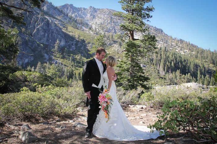 Lake Tahoe Wedding Venue At Emerald Bay Always An Excellent Choice Just Look The Lovely In Front Of Breathtaking Scenery