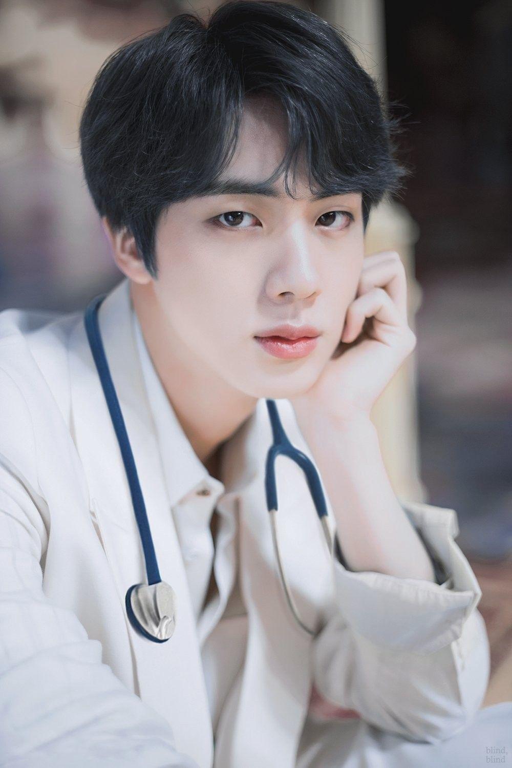 Omggggg Doctor Kim Blind Bts Seokjin Seokjin Bts Kim Seokjin