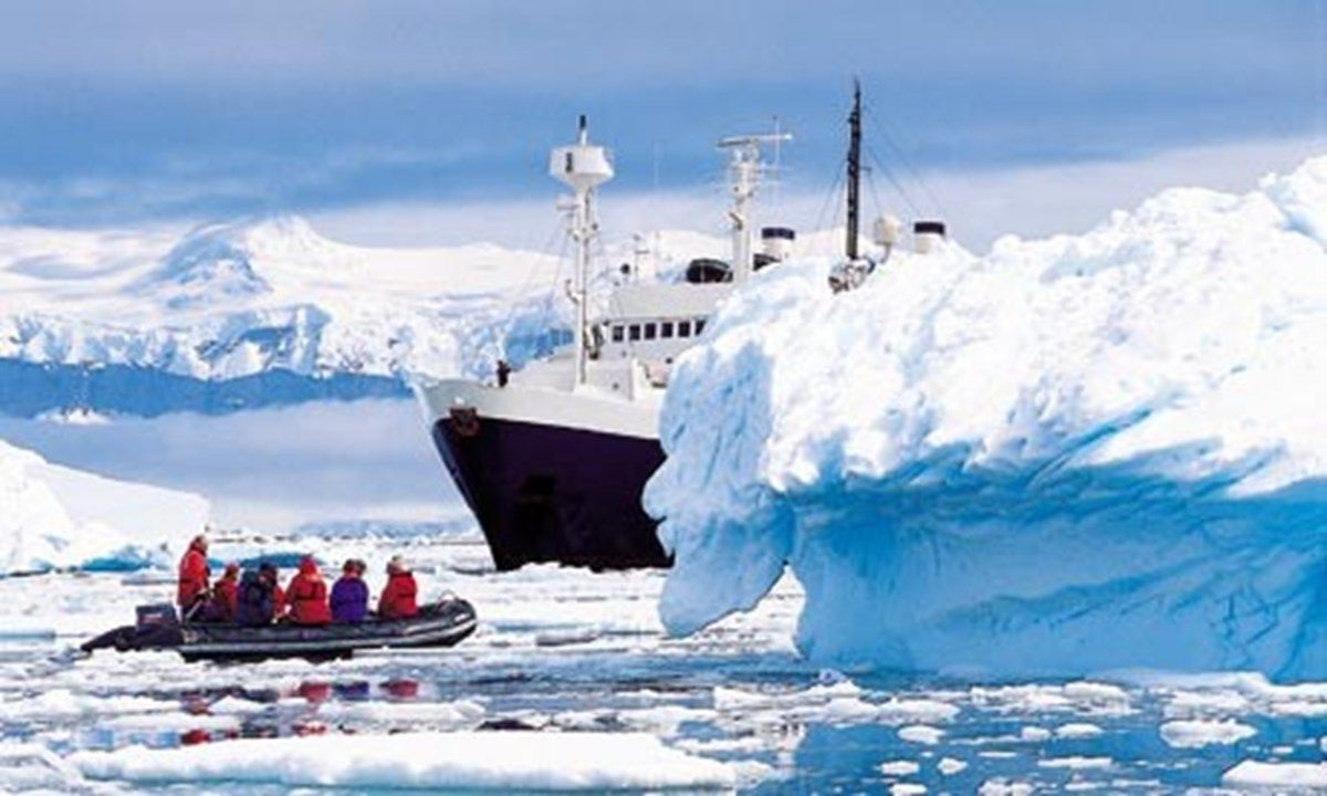 8 of the best Antarctica travel routes (With images