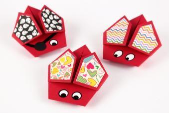 Coccinelles en Origami - Tête à modeler | Petits papiers : origami | Pinterest