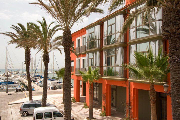 Vistas exteriores del Hotel Club Marítimo de Sotogrande