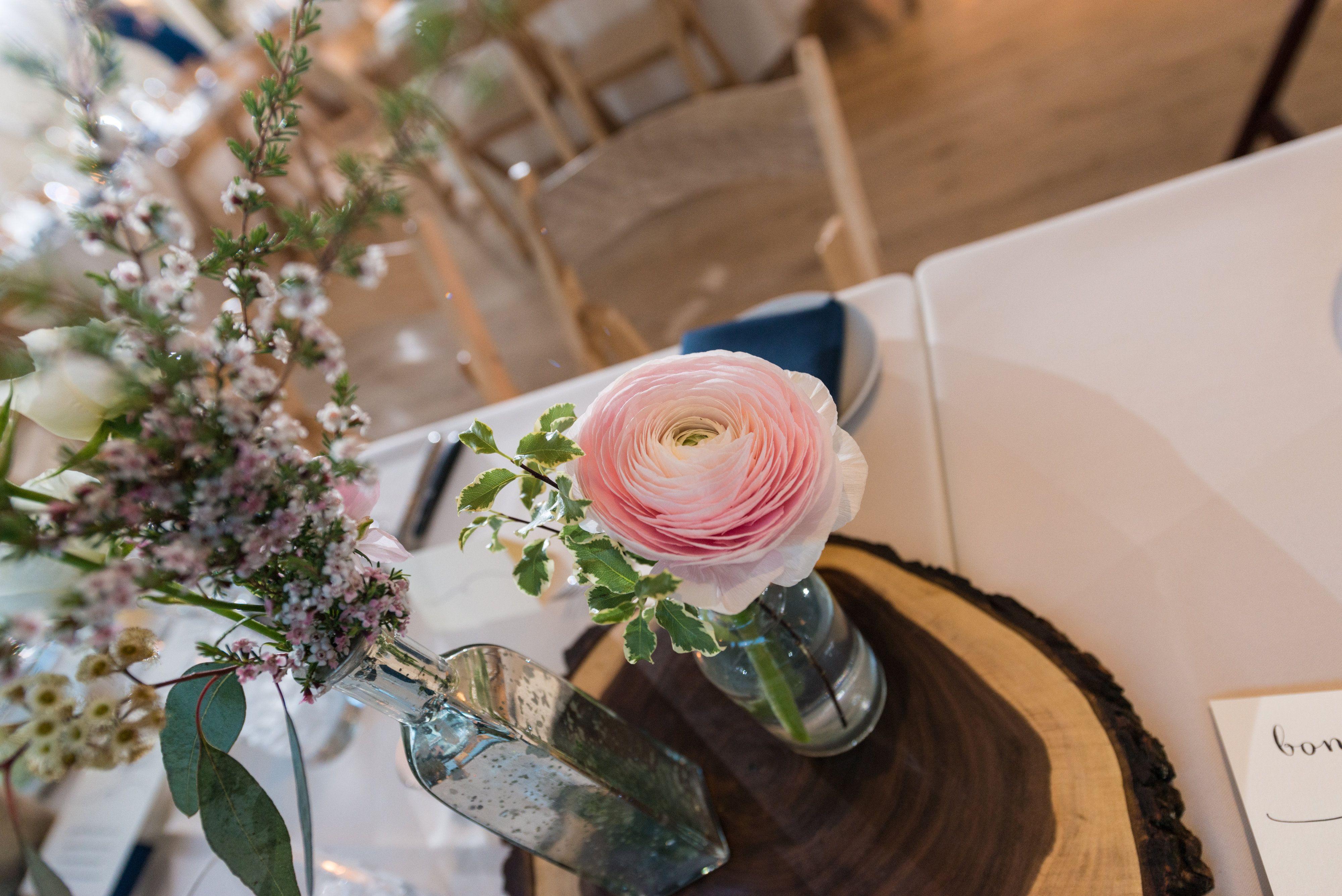 #FabFloraChicago #Jennography #WeddingFlowers #GreenhouseLoft #SpringWedding #Centerpieces #Ranunculus #BottlesofBlooms #BlushBlooms #ChicagoWedding