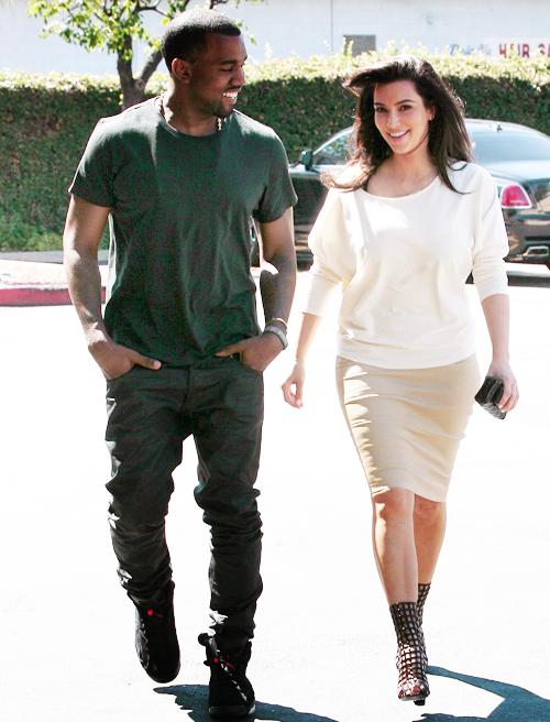 Kim And Kanye Cough Cough Parents To Be Kanye West And Kim Kim Kardashian Style Kim And Kanye