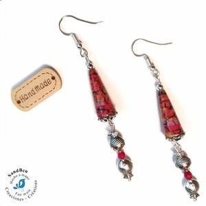 1cea848272397 Boucles d'oreilles pendantes poissons argentés idée cadeau femme perles en  papier bijou artisanal boucles