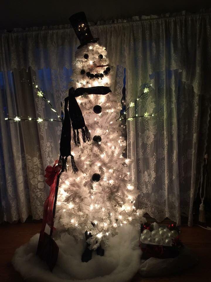 My snowman tree 2015 Snowman tree Pinterest Snowman tree and