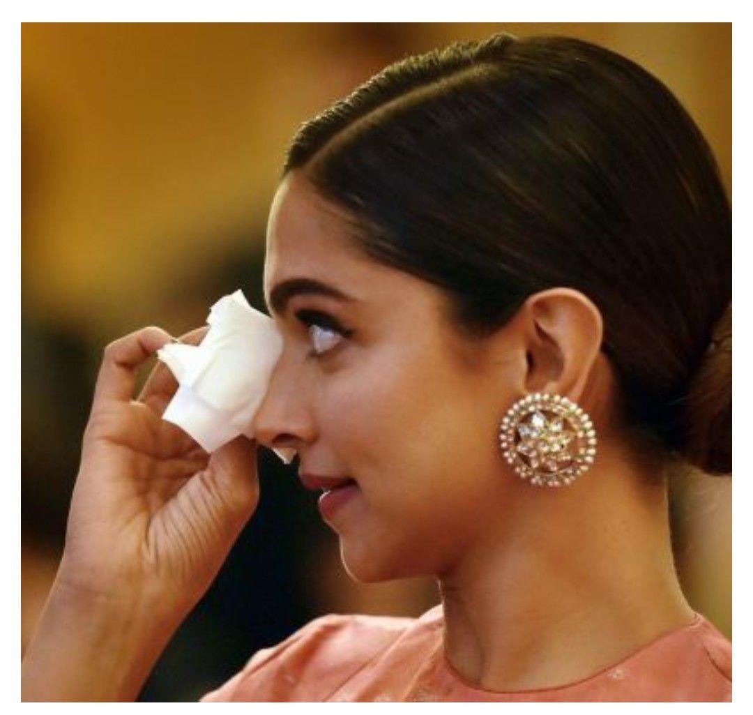 Pin by Akifa samreen on #deepveer | Deepika padukone ...
