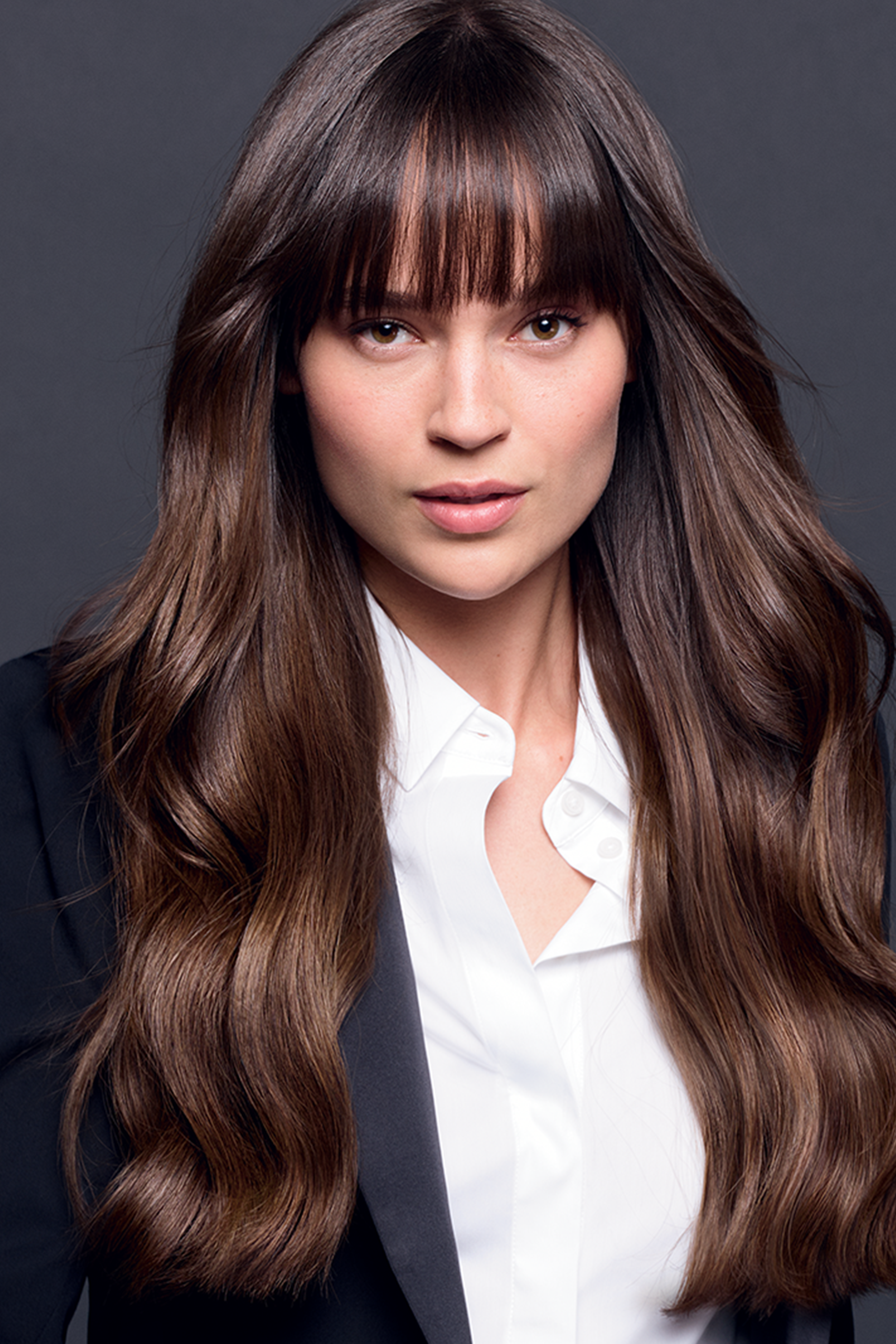 To Mix Up The Simplicity Of Smooth Or Slightly Wavy Long Hair Nothing Works Better Than Beautiful Bangs In 2020 Long Wavy Hair Long Hair Styles Long Bangs