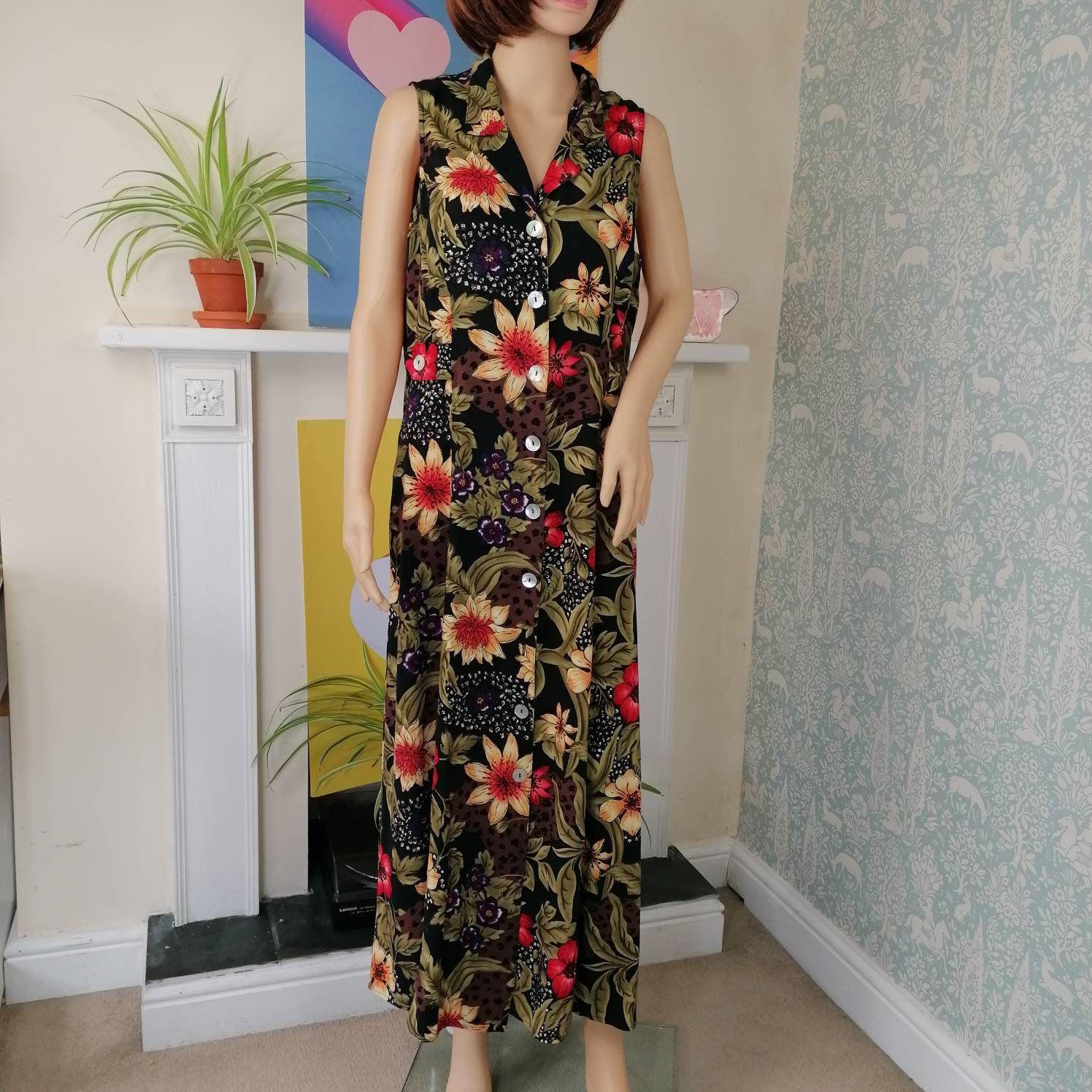 90s Vintage Maxi Dress Floral Button Front Size 12 14 Sleeveless Long Aline Summer Vneck Retro Day Sun Button D Vintage Maxi Dress Floral Maxi Dress Maxi Dress [ 1496 x 1496 Pixel ]