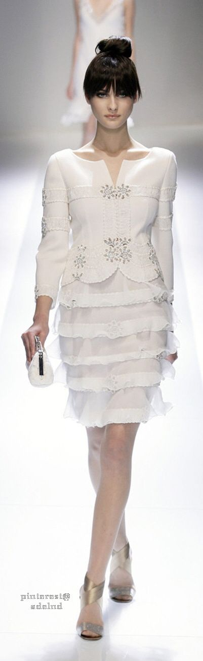 Valentino~ Spring, Summer 2015. I Love Everything about this Valentino dress, especially the ruffled skirt! So Classy and Elegant!