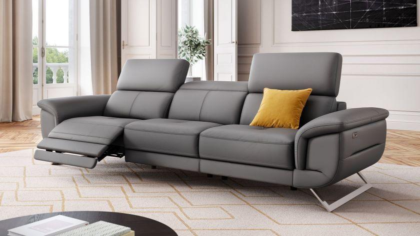 Das Designersofa 3 Sitzer Matrice Ist Eine Bequeme Couch Aus Leder Geniessen Sie Auf Dieser Wohnlandschaft Komfortable Stunden Sofa Design Couch Ledercouch