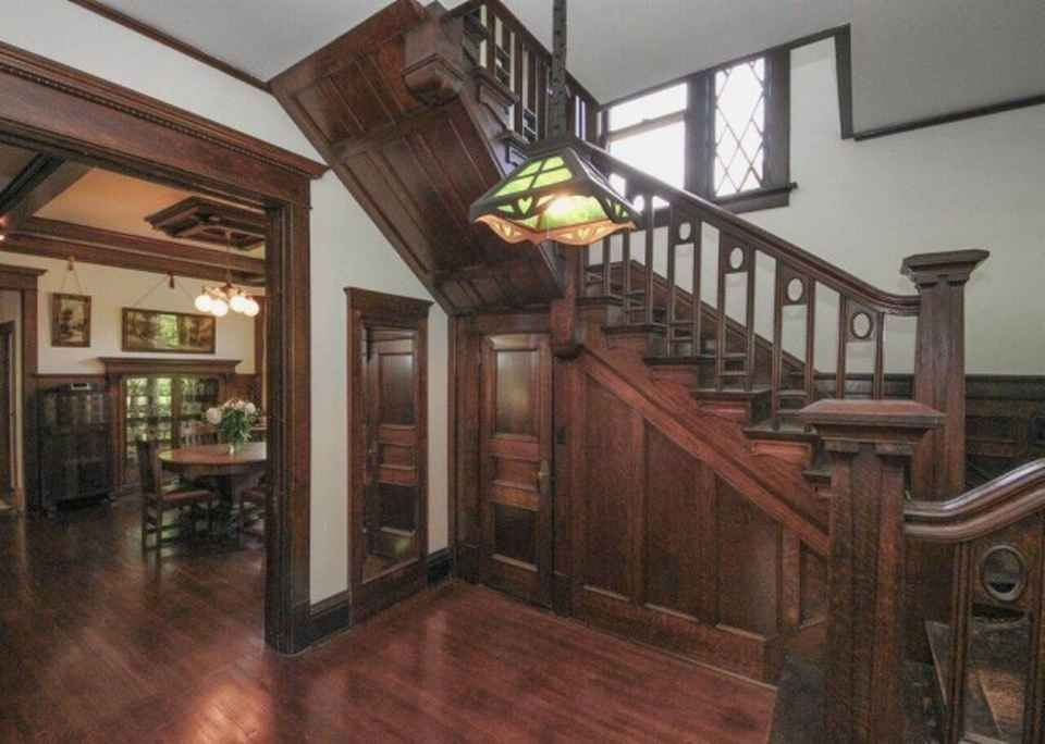 Historic 1910 Home In The Broadway District · Craftsman HousesCraftsman  StyleVictorian InteriorsHistoric ... Part 67