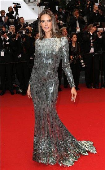 Cannes 2013: Alessandra Ambrosio, de Roberto Cavalli.