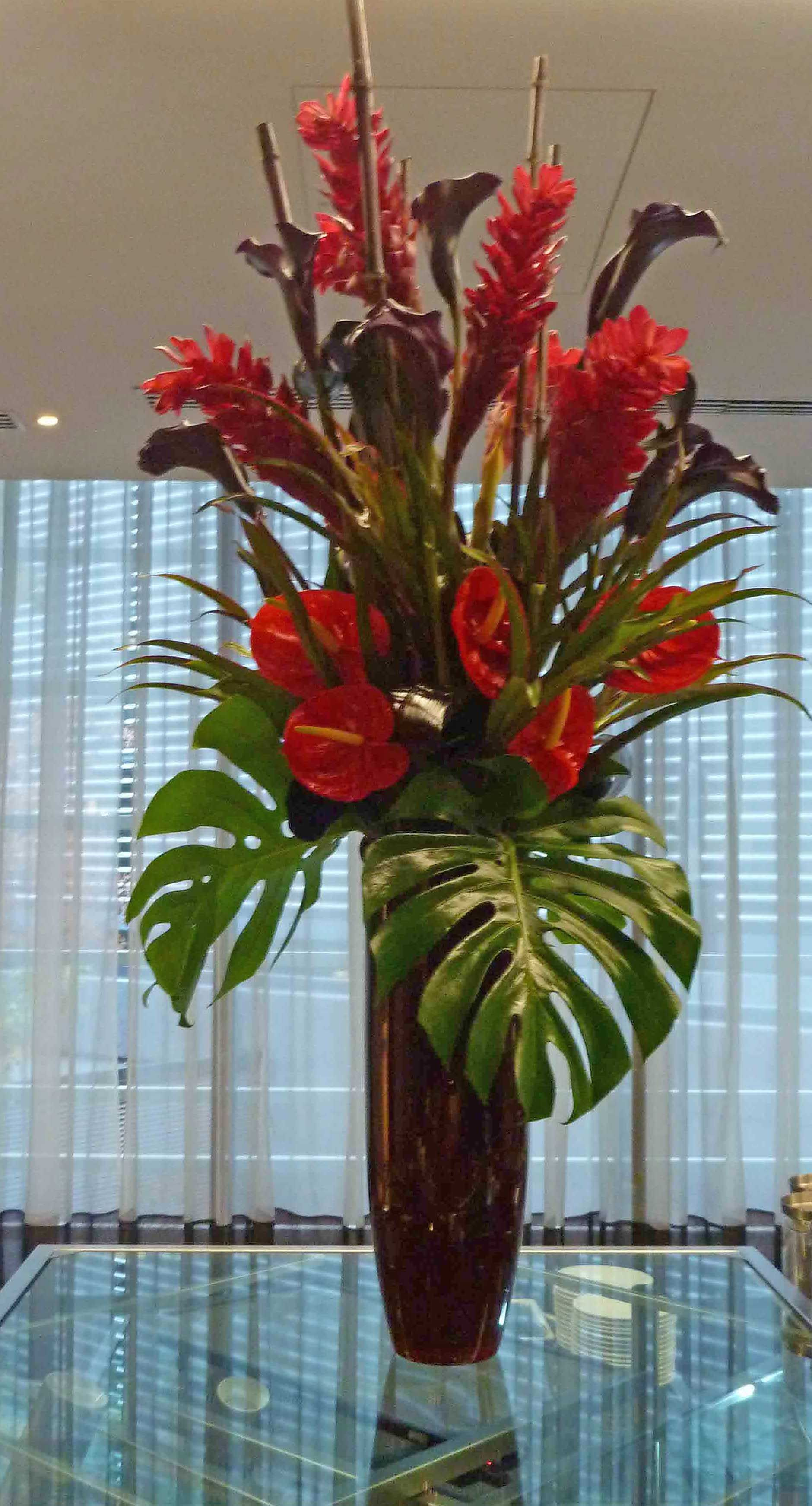 Vr red ginger lily purple calla anthurium