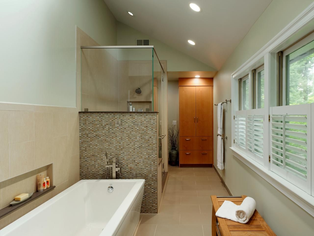 Large Bathroom Design This Master Bath's Existing Raisedpanel Cabinets Were Replaced