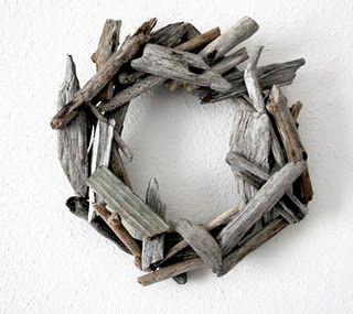 Rustic Driftwood Wreath Tutorial by Alisa Burke of Alisa Burke