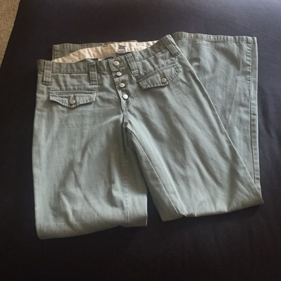 Old navy olive green pants Great condition. Boot cut. Old Navy Pants Boot Cut & Flare