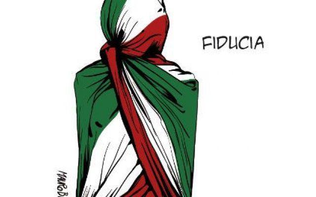 Italiani, corteggiati, illusi, delusi e abbandonati Nella mia riflessione è passato di tutto e di peggio, perché da buon italiano sono bravo a criticare, ma di un sentimento – diciamo passabile – si può parlare, ed è il facile entusiasmo. Meglio gliss #renzi #berlusconi #entusiasmodemagogia