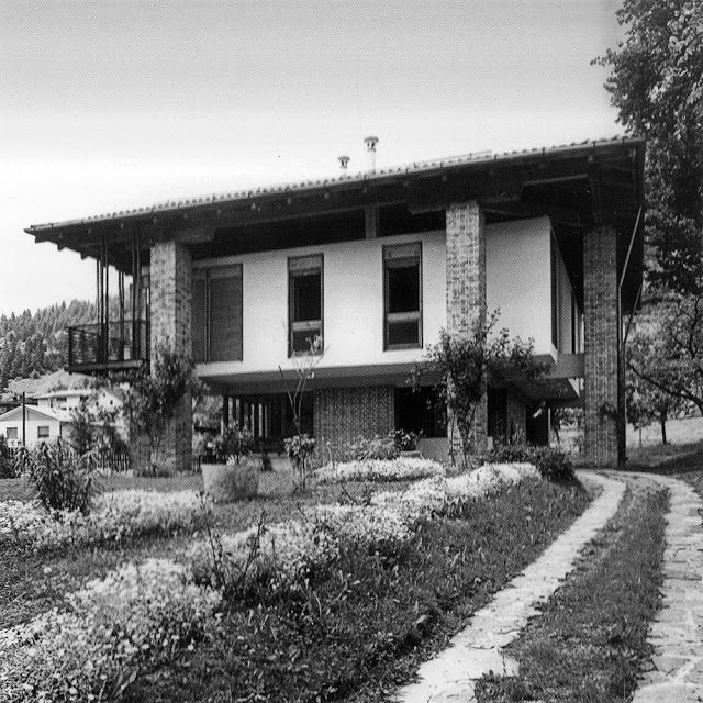 Paradise backyard gino valle gino valle architettura for Architettura moderna case