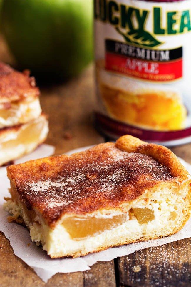 Apple Churro Cheesecake Bars #churrocheesecake