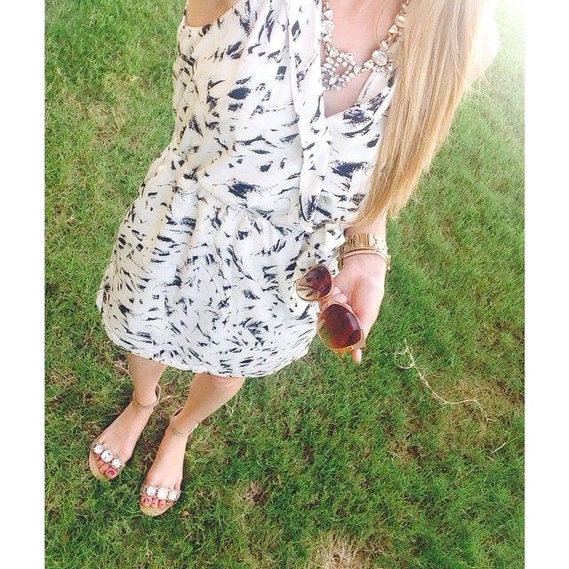 Classic collard dress  #instagood #igdaily #igstyle #igspring #igfashion #ootdguide #feminine #womensfashion #fashiondiaries #stylediaries #love #spring #style #elegant #pretty #cute #blogger #fashionblogger