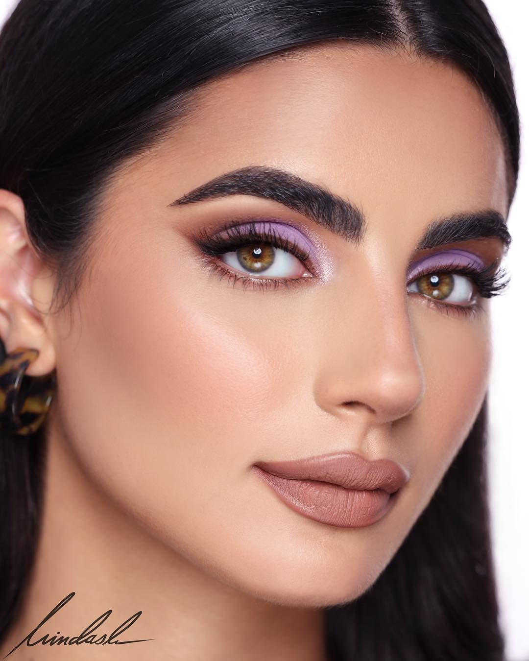 "@hindash on Instagram: ""Lilacs and Chocolates on @basmabhamze 🍬🍫 🍫BASE: @milkmakeup Blur Stick. @narsissist Sheer Glow Foundation in 'Barcelona'. 🍫CONTOUR:…"""