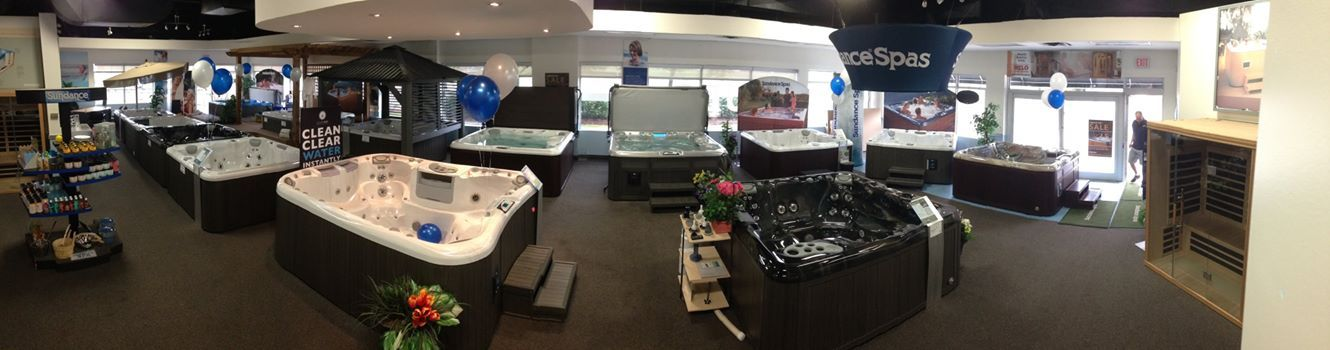 LABOUR DAY SALE ON NOW! At your nearest Sundance Spa Store location. http://www.thesundancespastore.com/locations  Got the balloons up at The Sundance Spa Store Oakville! www.thesundancespastore.com