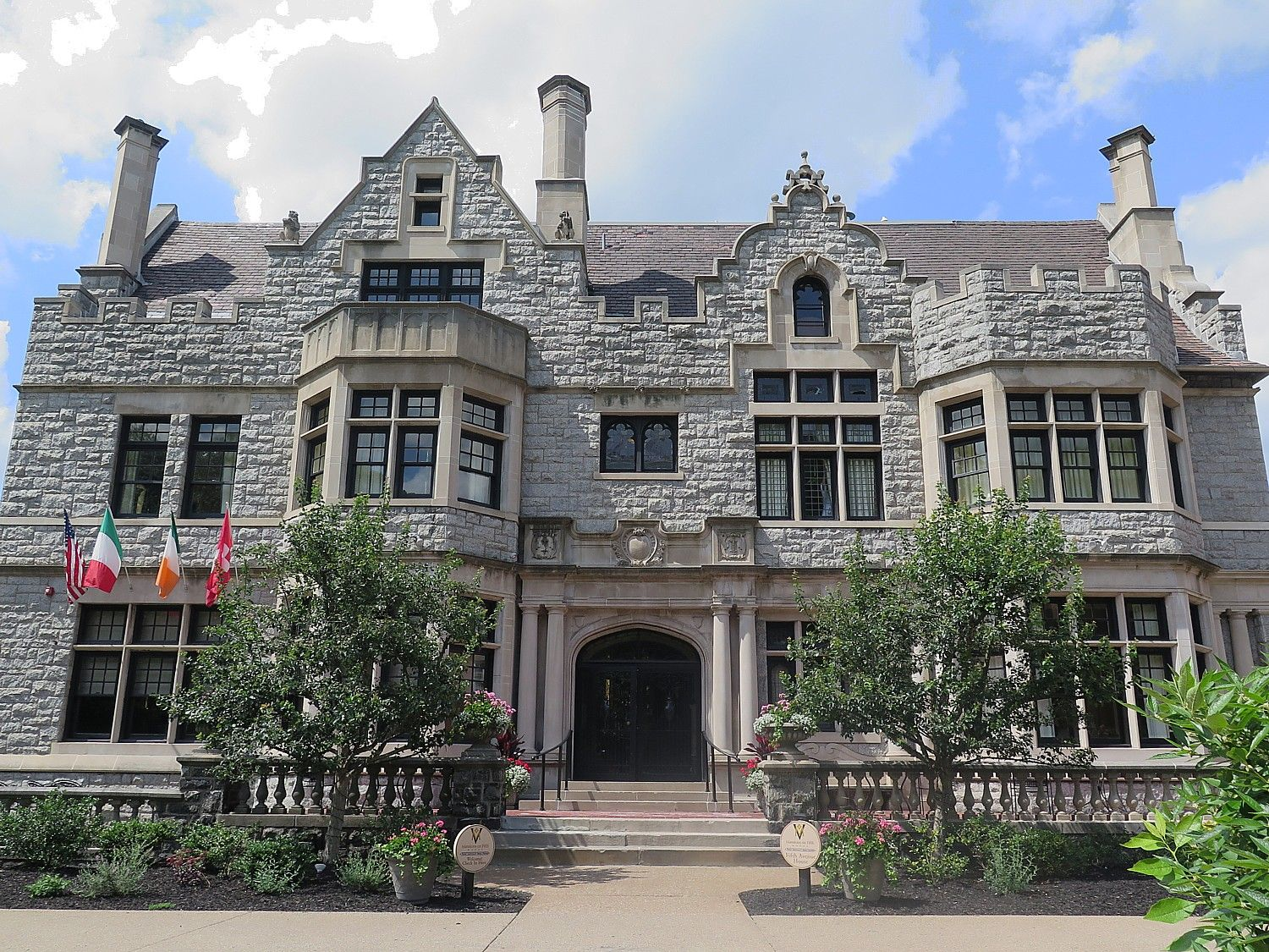 Mansions on Fifth Historic Boutique Hotel in Pittsburgh's