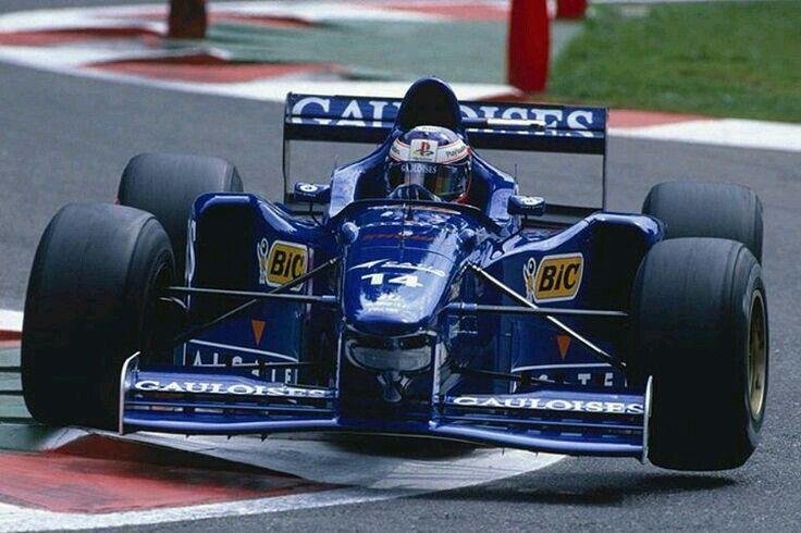 Prost Gauloises Blondes           N°14 Jarno TRULLI                                Prost JS45                                    Mugen MF-301HB 3.0 V10 Bridgestone