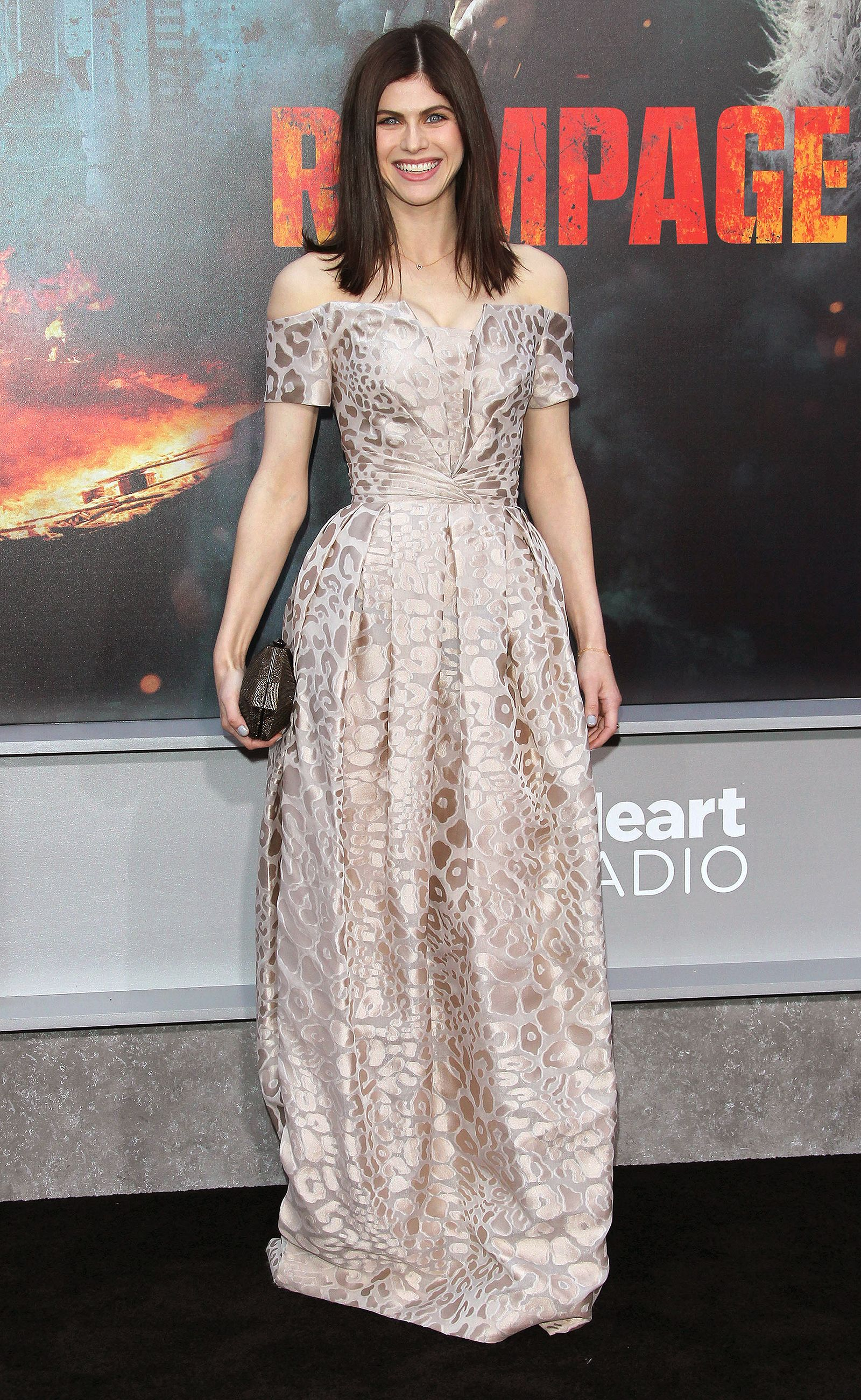 be194f77cda7 ... Pretty in Pink - and More Red Carpet Outfits You Have to See. ALEXANDRA  DADDARIO. ALEXANDRA DADDARIO Alexandra Daddario, Emily Blunt, Celebrity  Outfits, ...
