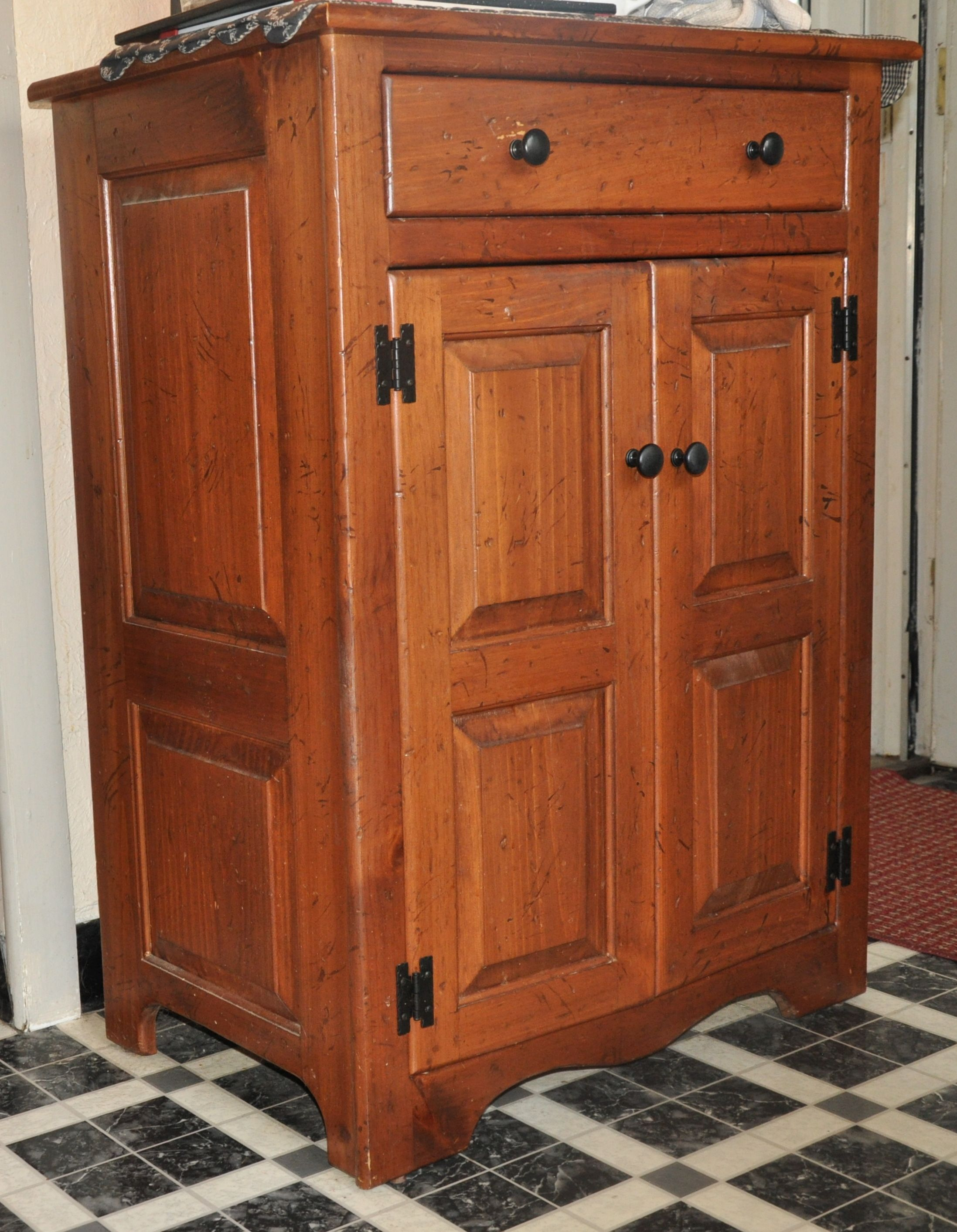 Wooden Cabinet Purchased At Amish Touch Homespun Kitchen Cabinet Makers Amish Kitchen Cabinets Wooden Cabinets