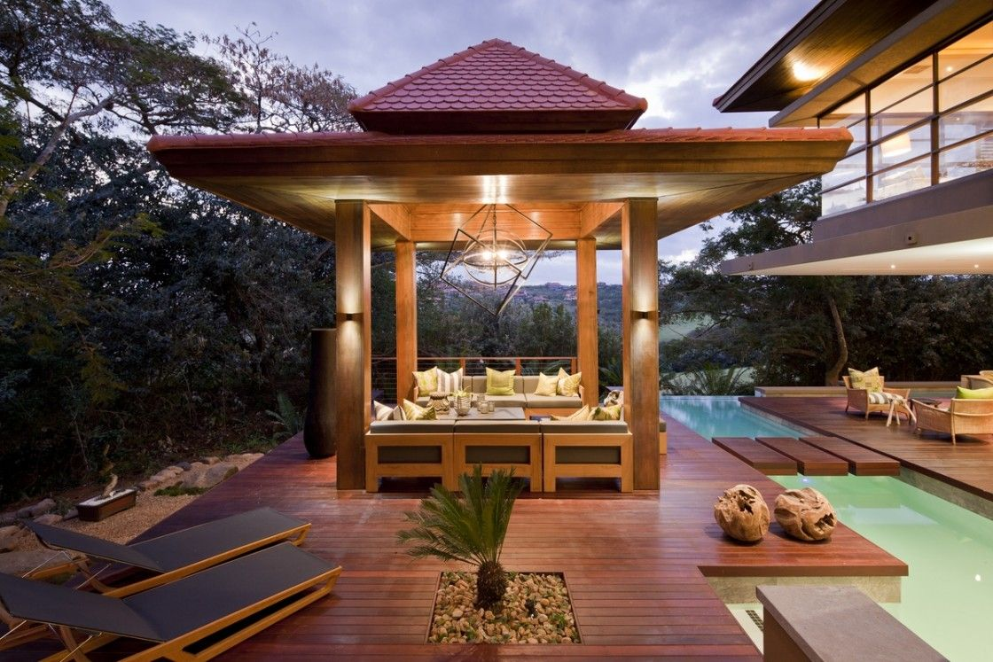 Fabulous Typical Patterned Japanese Decor For Outdoor Plunge Pool