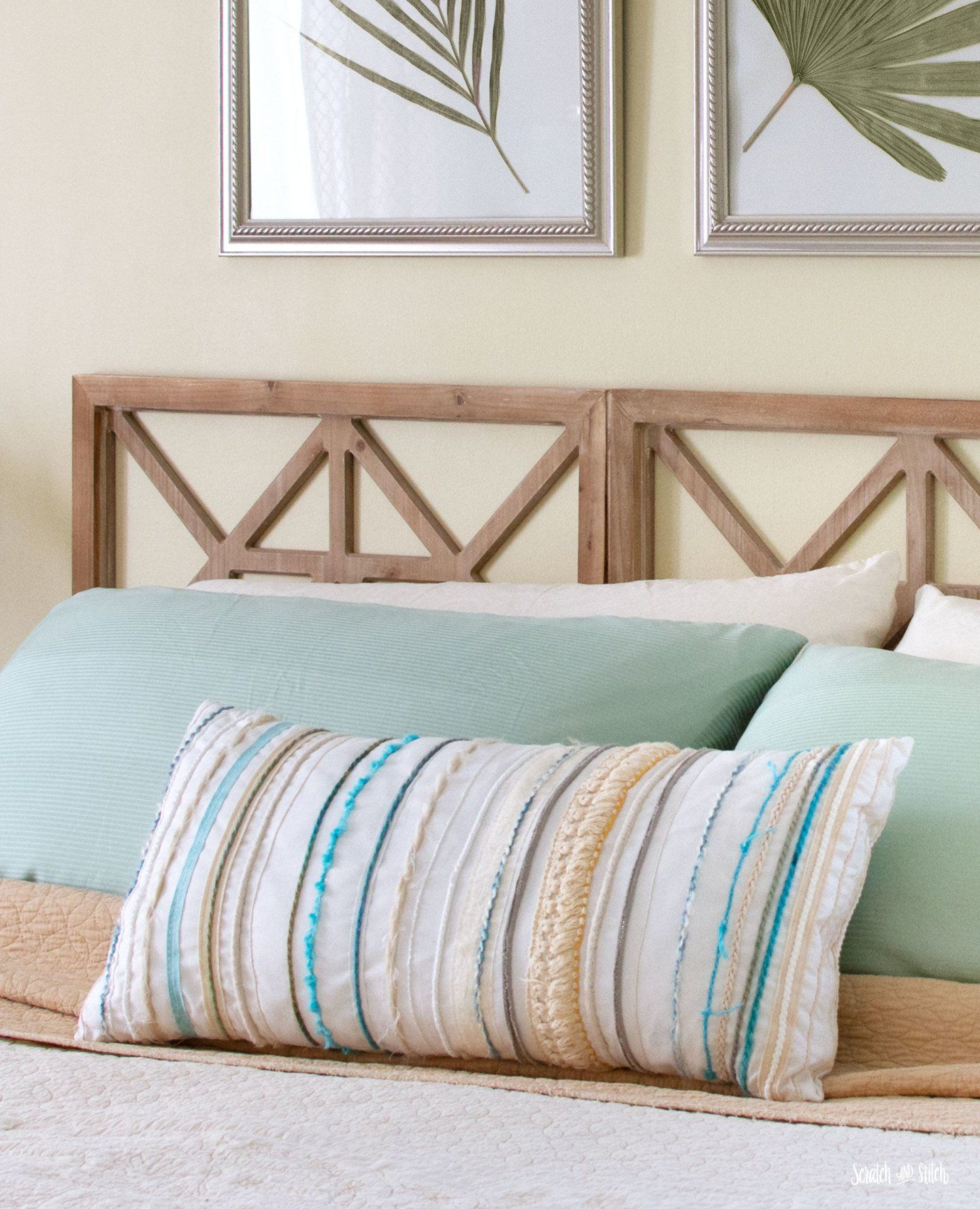 Easy DIY Headboard made from Decorative Wall Panels DIY Throw Pillow Cover - scratchandstitch.com  #DIY #Headboard #made #from #Decorative