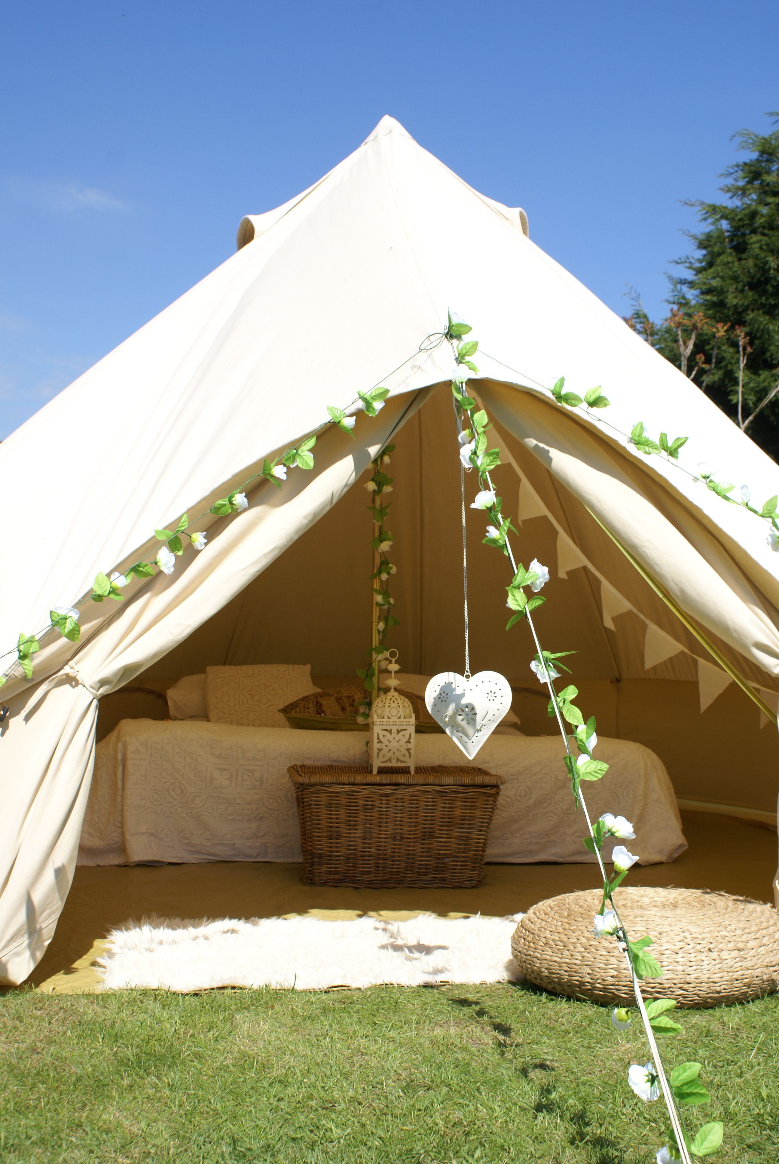 Glamping Tipi and Bell Tent Camping