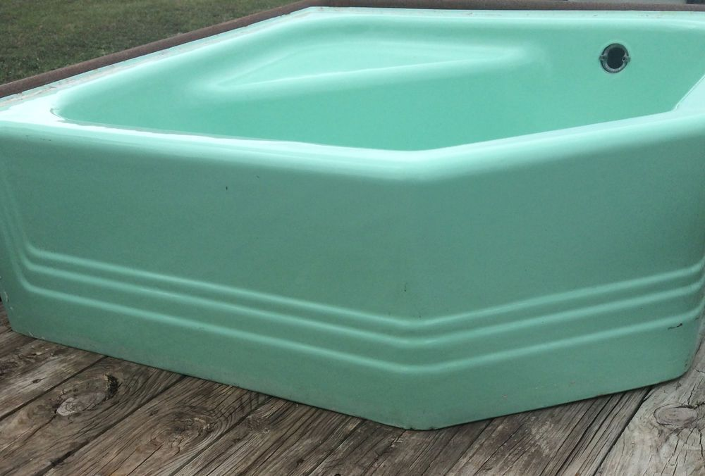 Vintage Cinderella Corner Cast Iron Bath Tub - Hard-to-Find ...