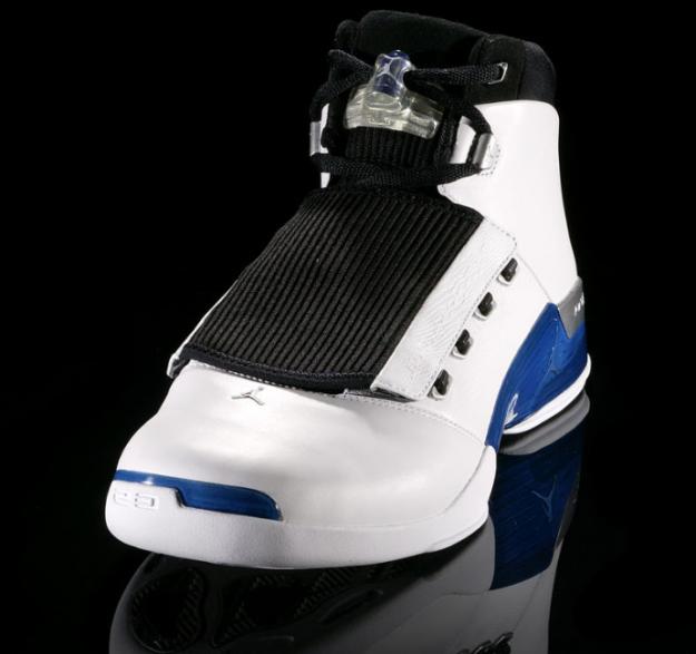 Air Jordan 17 (XVII) Original (OG) - White / College Blue - Black •  KicksOnFire.com