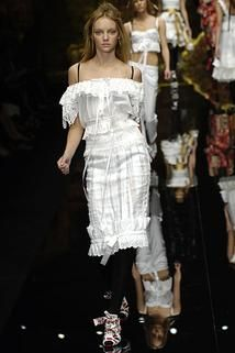 Dolce & Gabbana Spring 2006 Ready-to-Wear - Collection - Gallery - Style.com