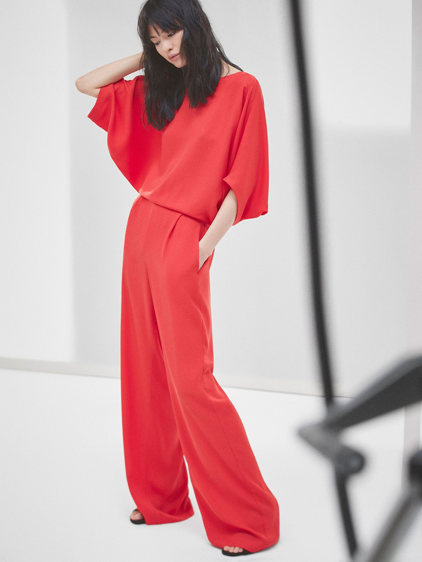 9747e41d4fb Autumn Spring summer 2017 Women´s RED JUMPSUIT at Massimo Dutti for 150.  Effortless elegance!