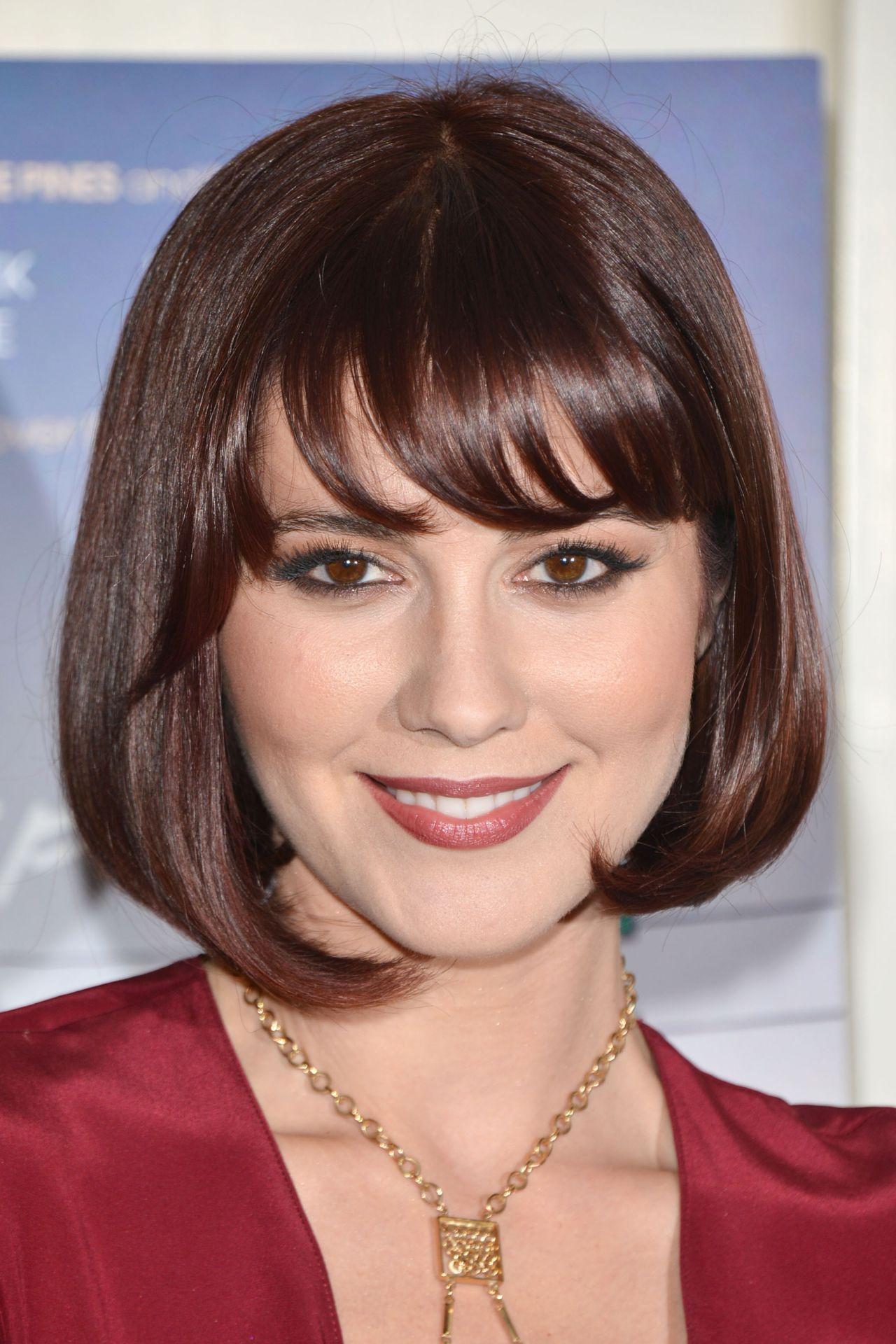 Mary Elizabeth Winstead Short Hair Google Search Hair Cuts
