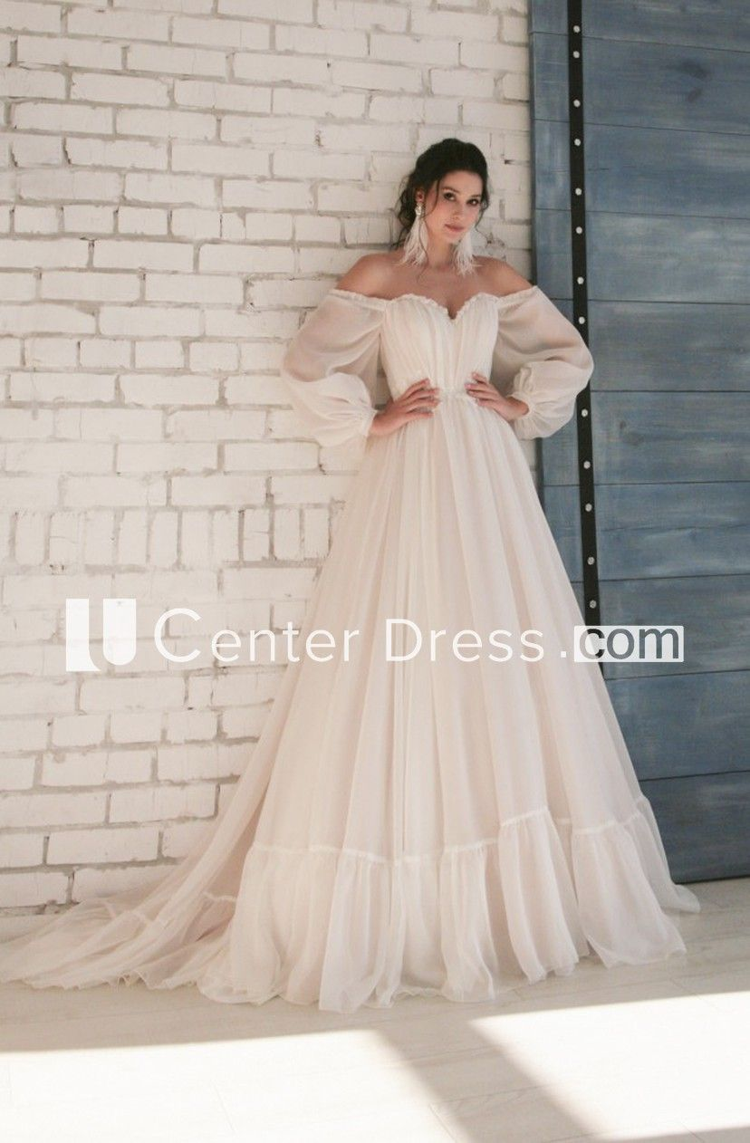 Elegant Sweetheart Chiffon Wedding Dress with 3/4 Off-shoulder Sleeves And Appliques